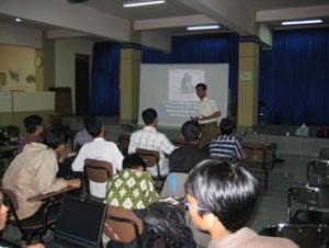 divisi bantuan luars sekolah Yayasan Sahabat Pelajar 2